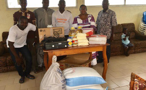 Remise de don l'AMALDEME de Sikasso